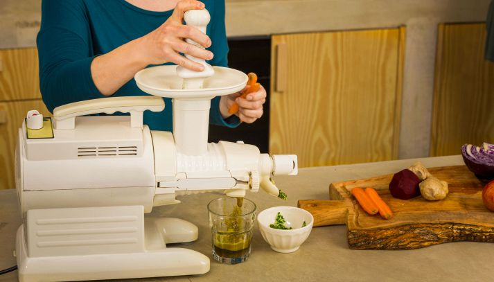 Centrifuga per frutta e verdura: come si usa e a cosa serve
