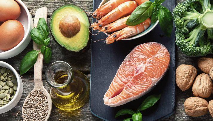 Colesterolo, cosa mangiare per tenerlo sotto controllo