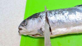 A lezione dallo chef: sfilettare il pesce