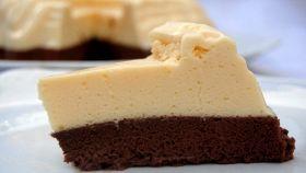 Crema bavarese con cioccolato e salsa menta