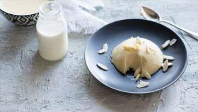 Il biancomangiare: dolce perenne