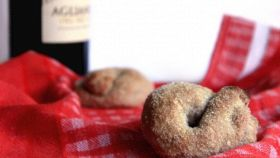 Biscotti al vino rosso