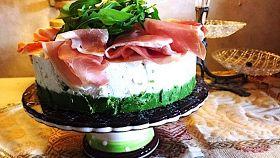 Cheesecake salata con squacquerone e rucola