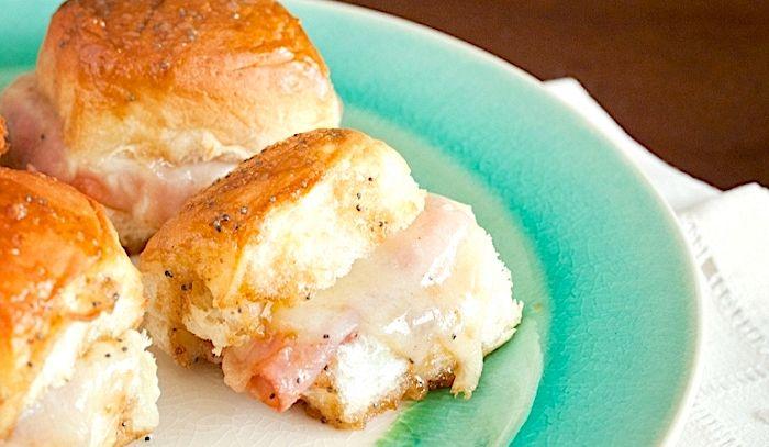 Mini panini al prosciutto e formaggio