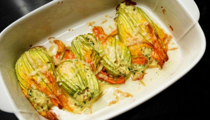 Fiori di zucchine farciti alla ricotta