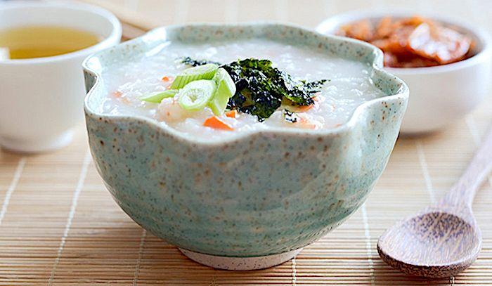 Porridge di gamberi e riso alla coreana