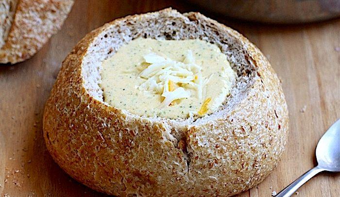 Zuppa di cime di rapa e formaggio