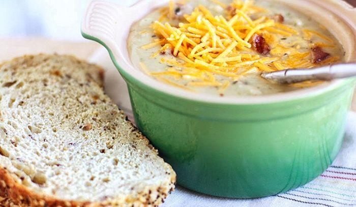 Zuppa di patate alla salsiccia