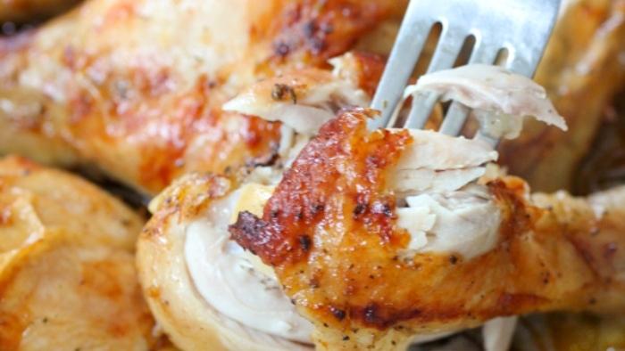 Pollo brasato, un piatto gustoso spendendo pochi euro