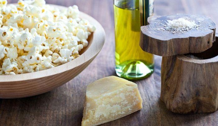 Pop corn al parmigiano e tartufo