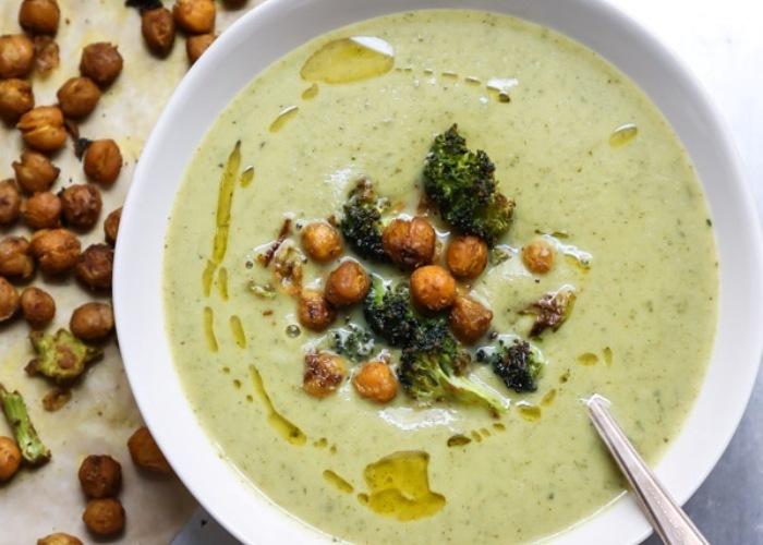 Ricetta Zuppa Broccoli.Ricetta Zuppa Di Broccoli Con Ceci Al Curry Le Ricette Di Buonissimo