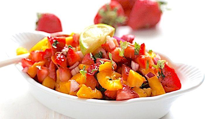 Insalata di fragole e mango