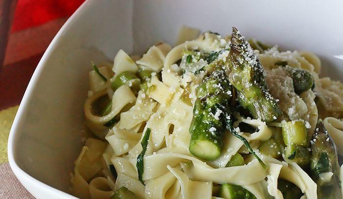 Tagliatelle asparagi e carciofi