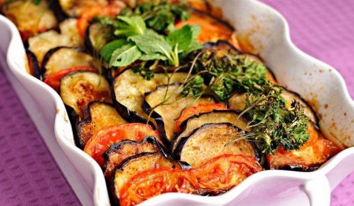 Ricetta Melanzane Vegetariana.Ricetta Melanzane Vegan In Casseruola Le Ricette Di Buonissimo