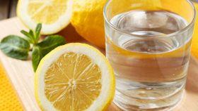 Acqua e limone, la preziosa fonte di benessere