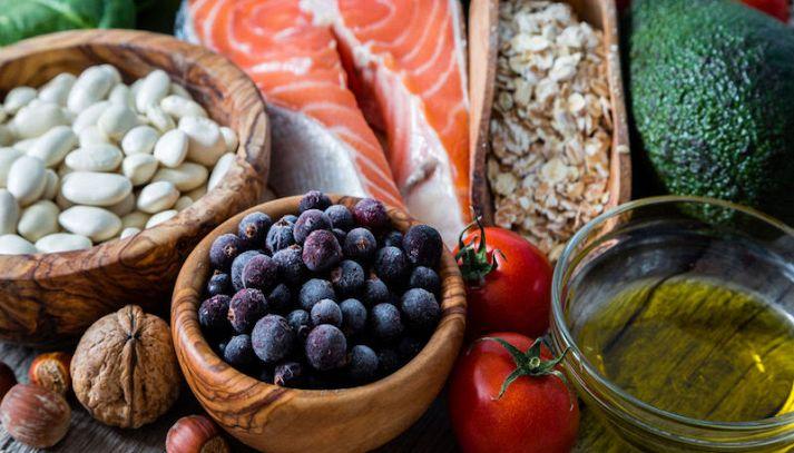 Le 10 regole d'oro della sana alimentazione