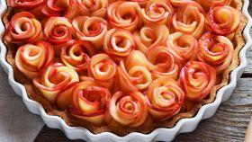 Crostata di rose e frutti