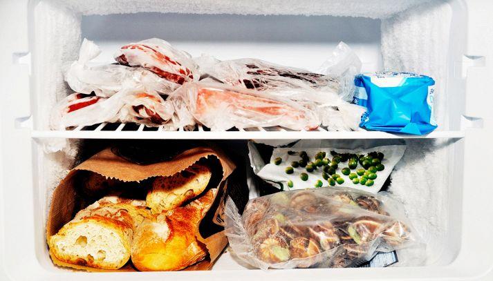 Come pulire e sbrinare il freezer in modo semplice