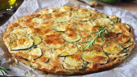 Dolce o salata, la Scarpaccia di zucchine è sempre deliziosa