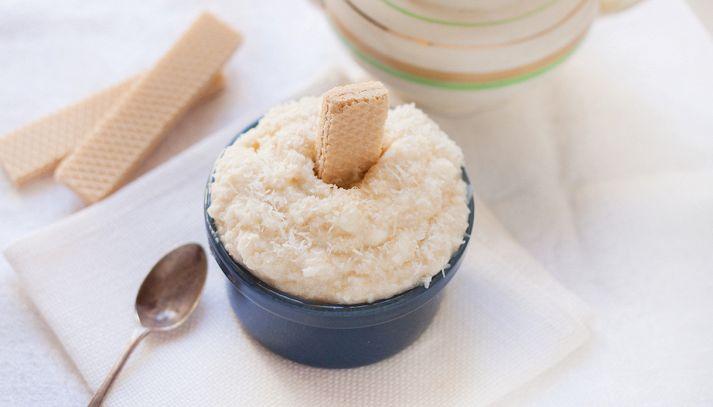 Granita al cocco e latte di mandorle