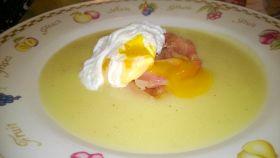 Uova in camicia con peperoni