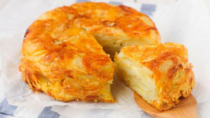 La torta di patate è un piatto vegetariano sfiziosissimo