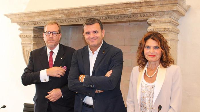 Centinaio inaugura nuova sede Consorzio Valpolicella