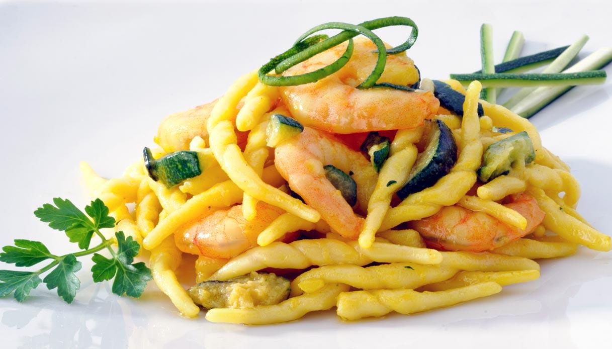 Cosa Fare A Pranzo trofie gamberetti e zucchine