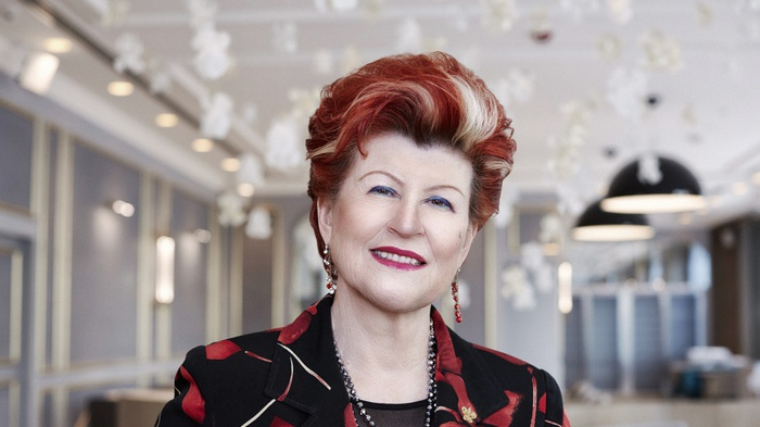 Premio alla carriera a Annie Féolde chef Enoteca Pinchiorri