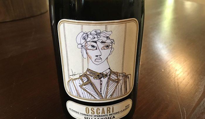 Stilista Marras crea linea vini per celebrare Alghero