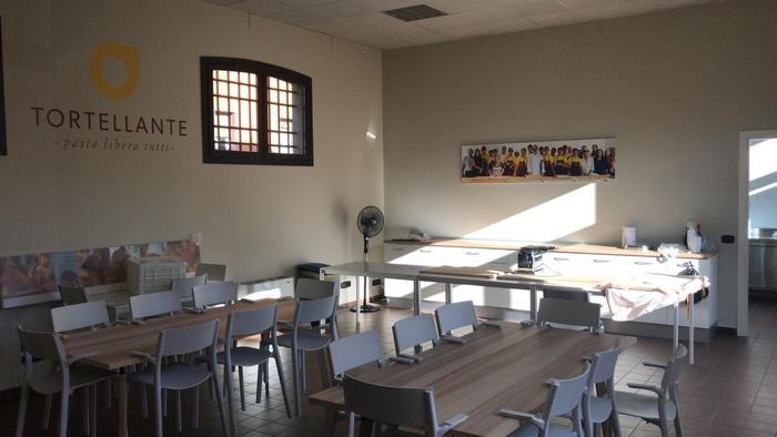 Autismo: Bottura inaugura laboratorio di sfoglia a Modena
