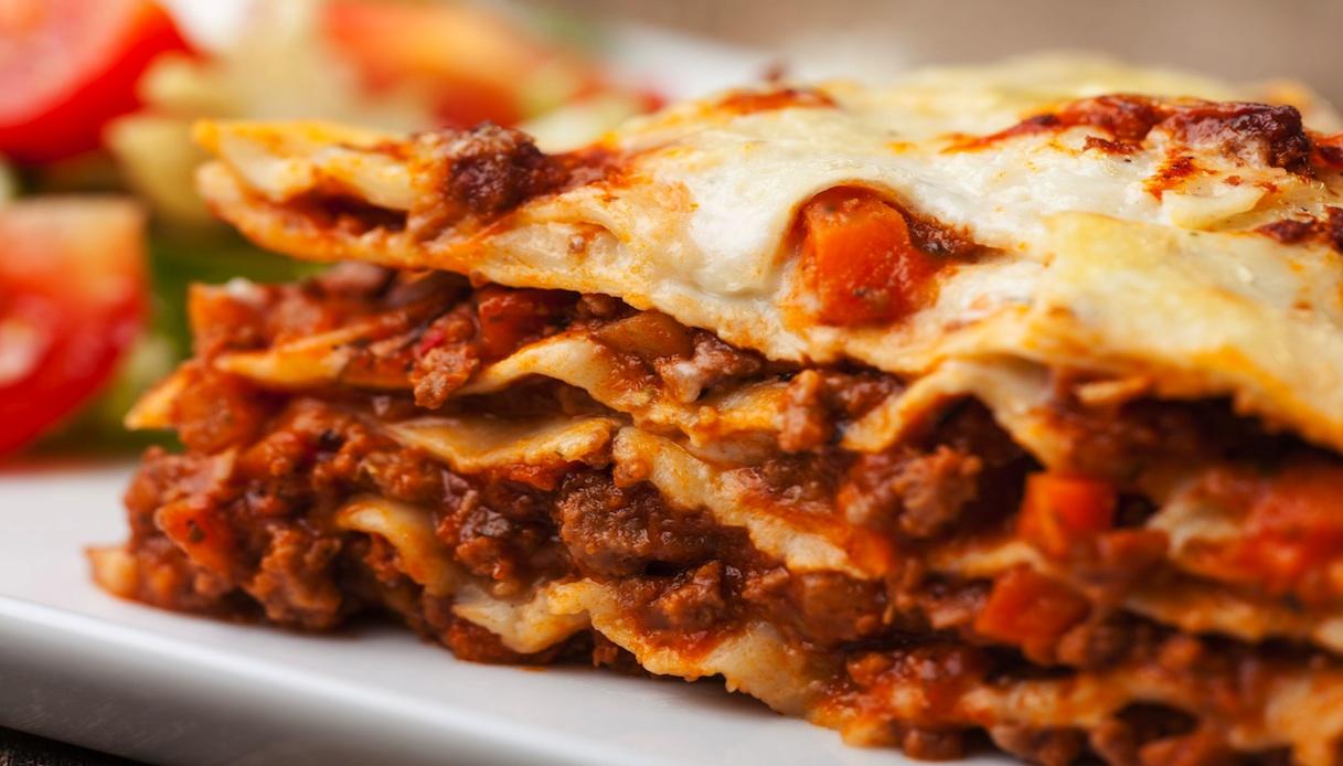 Ricetta Originale Lasagne Bolognesi.Ricetta Lasagne Alla Bolognese Le Ricette Di Buonissimo