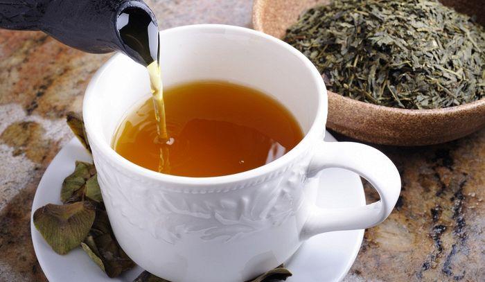Il segreto del tè perfetto per la salute? Farlo con l'acqua in bottiglia