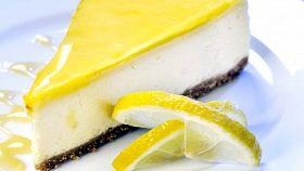 Cheesecake al limone, una fusione tra dolcezza e gusto