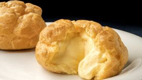 La crema più usata in pasticceria, scopri come prepararla