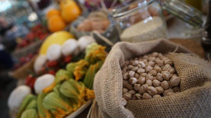 La dieta mediterranea è 'il bastone' contro cadute anziani