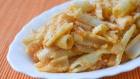 La vera pasta e patate alla napoletana, cremosa e filante