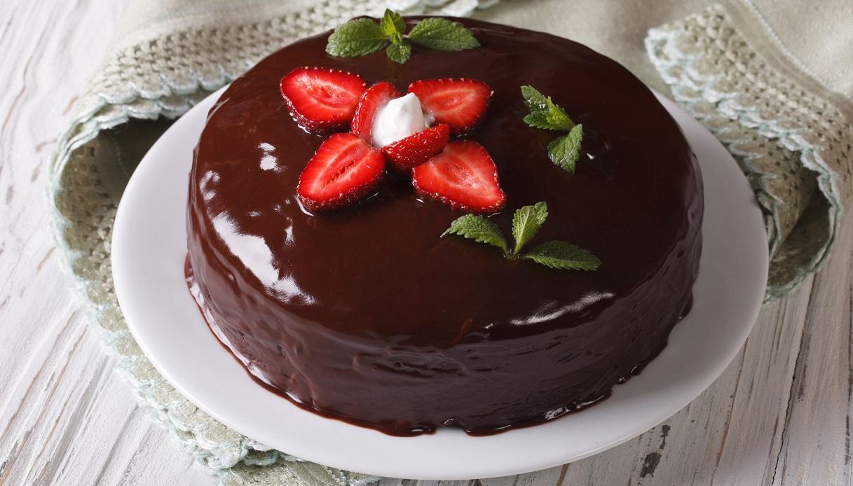 Ricetta Torta Al Cioccolato E Fragole.Ricetta Torta Fragole E Cioccolato Le Ricette Di Buonissimo