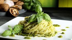Spaghetti al pesto con un ingrediente magico (da scoprire)