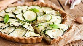 Torta salata zucchine e cheddar