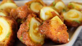 Uova di quaglia fritte