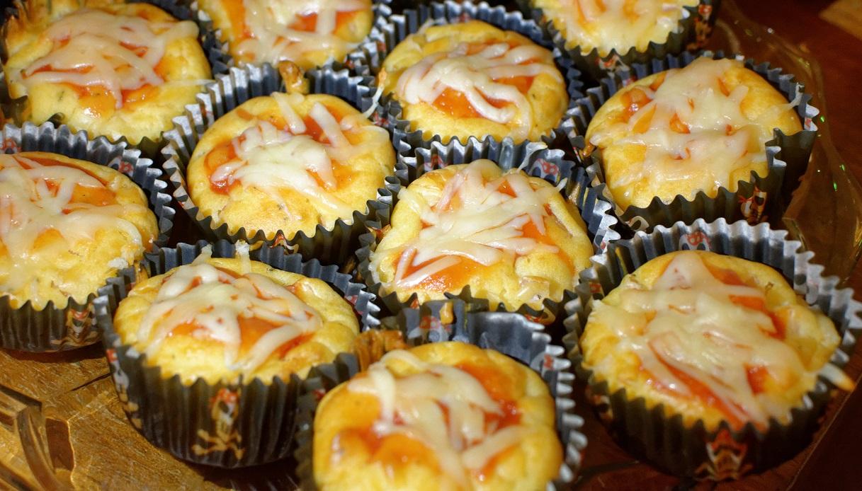 Ricetta Muffin Pizza.Ricetta Pizza Muffin Le Ricette Di Buonissimo