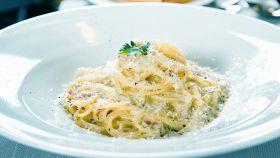 Spaghetti panna e parmigiano