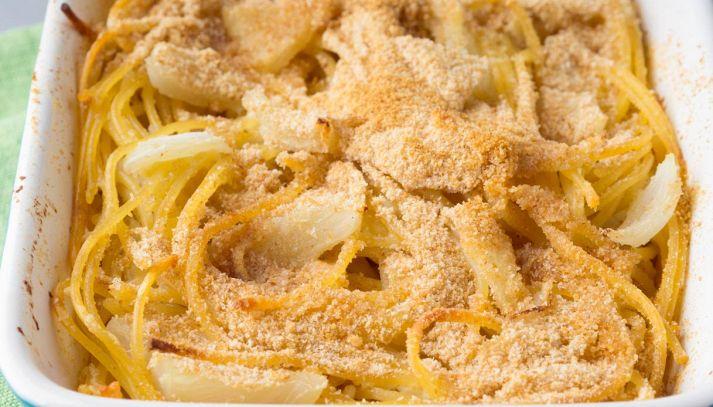 Timballo di spaghetti e finocchi al forno