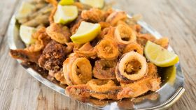 Quale olio si usa per friggere il pesce