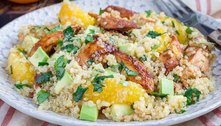 Insalata di quinoa, arancia e pollo