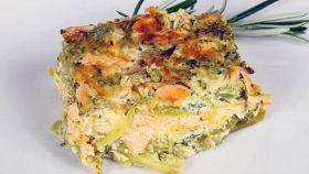 Broccoli, salmone e besciamella: lo sformato ha un cuore buono