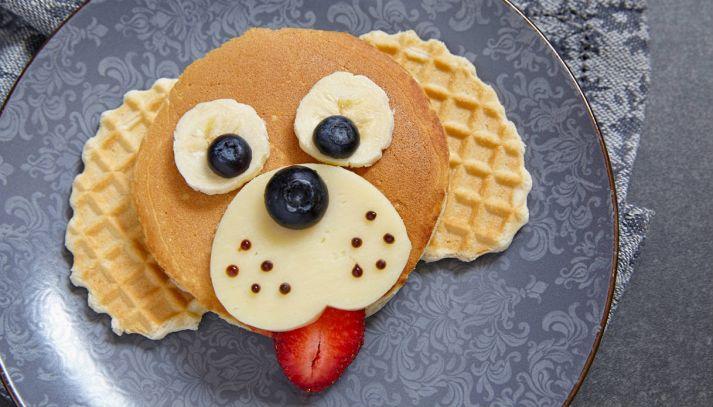 Pancakes per bambini a forma di cane