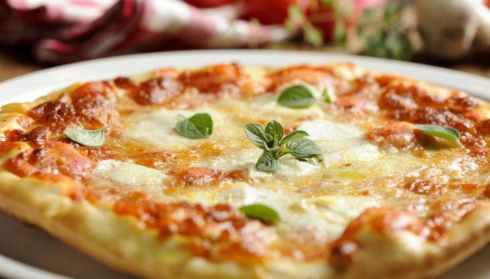 Pizza fatta in casa (senza lievito)