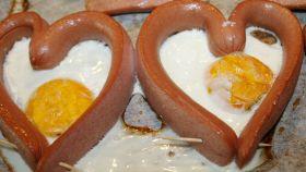Uovo fritto a forma di cuore